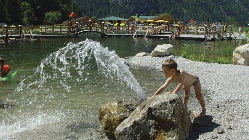swimming / bathing