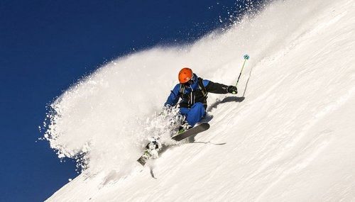 Skifahren / Snowboarden