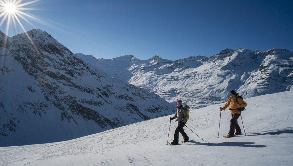 Zimní pěší turistika / sněžnice